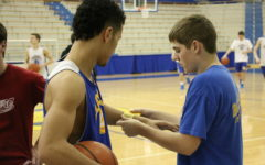 Men's varsity basketball prepares for two games in two days