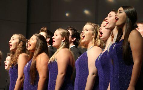 Senior choir members prepare for final semester
