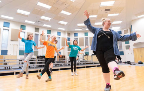 Students weigh advantages,  disadvantages of modern spring musical