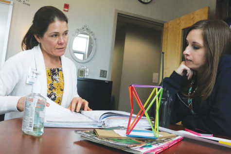 Socially Underrated: CHS students, staff evaluate the role  social workers, student mediators play
