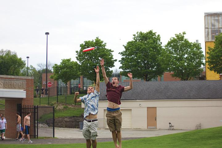 Juniors Andy Dugan and Daniel Kahn have pioneered the sport of ultimate frisbee at this school through Ultimate Frisbee Club
