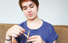 Knitting can help students with anxiety and depression, relieve stress