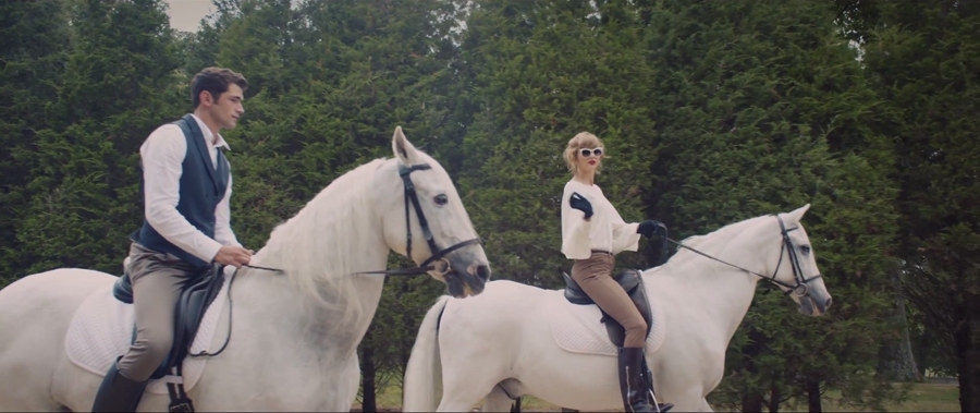 Our 3 Favorite Looks from Taylor Swifts Blank Space Music Video