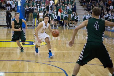 Men's varsity basketball prepares to face Pendleton Heights