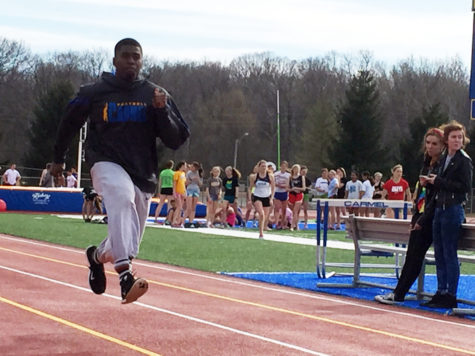 Men's track prepare for meet on March 14, set goals