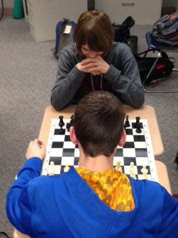 Chess Club prepares for team state tournament