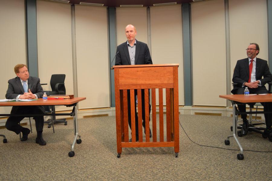 PHOTO ESSAY: Carmel Mayoral Debate