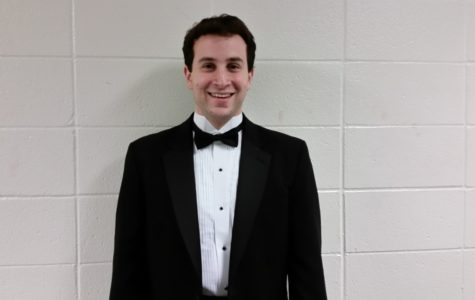 Choir director Foltz accepts position at new school