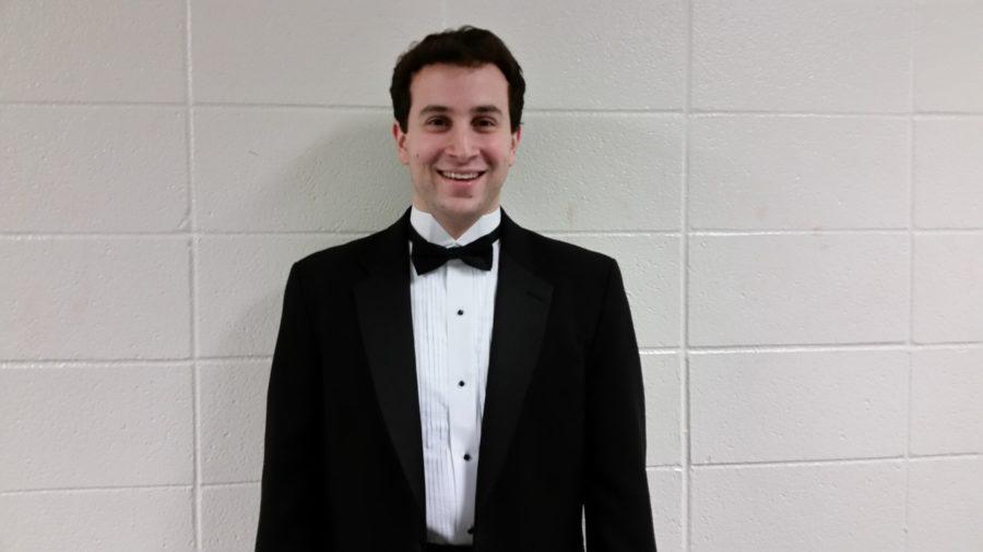 Choir director Foltz accepts position at new school