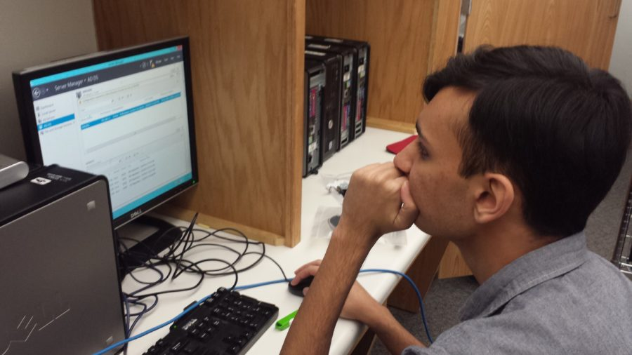 Computer Building Club plans to select next year's officers