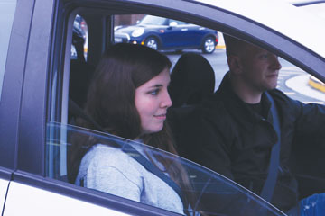 Students, Uber drivers consider  safety, convenience of rideshare services