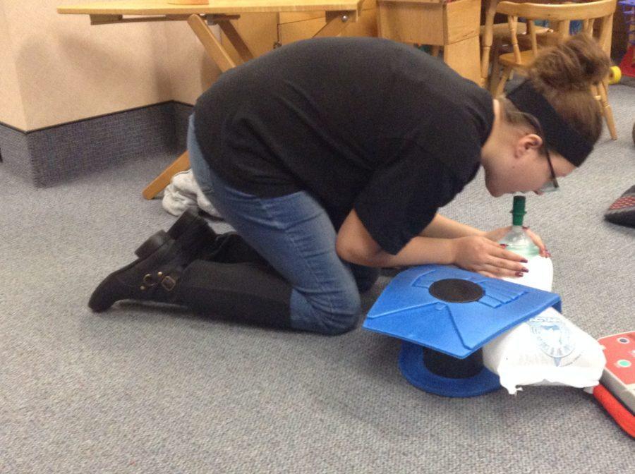 New Kids' Corner members prepare lesson plans to teach to preschoolers