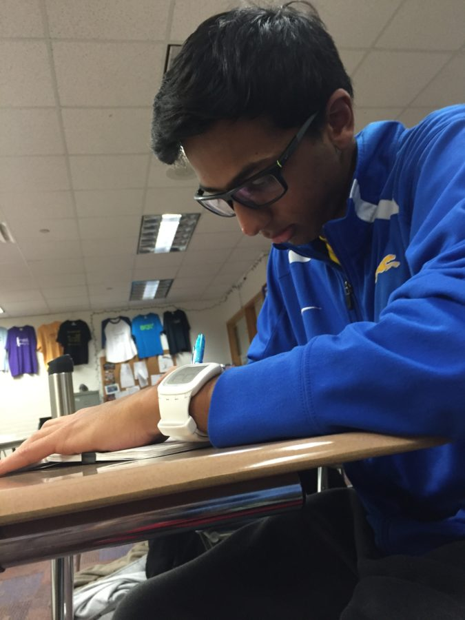 Senior Senator Neil Shah brainstorms ideas during his AP Government class. Shah said Senators made signs and bought food for CHS counselors during Counseling Appreciation Week.