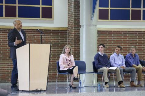 Congressman Andre Carson, Superintendent of Public Instruction Glenda Ritz speak to CHS students