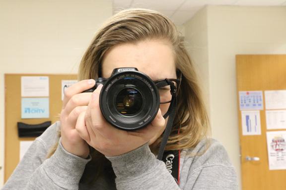 Students use social media, websites to facilitate marketing, self-branding