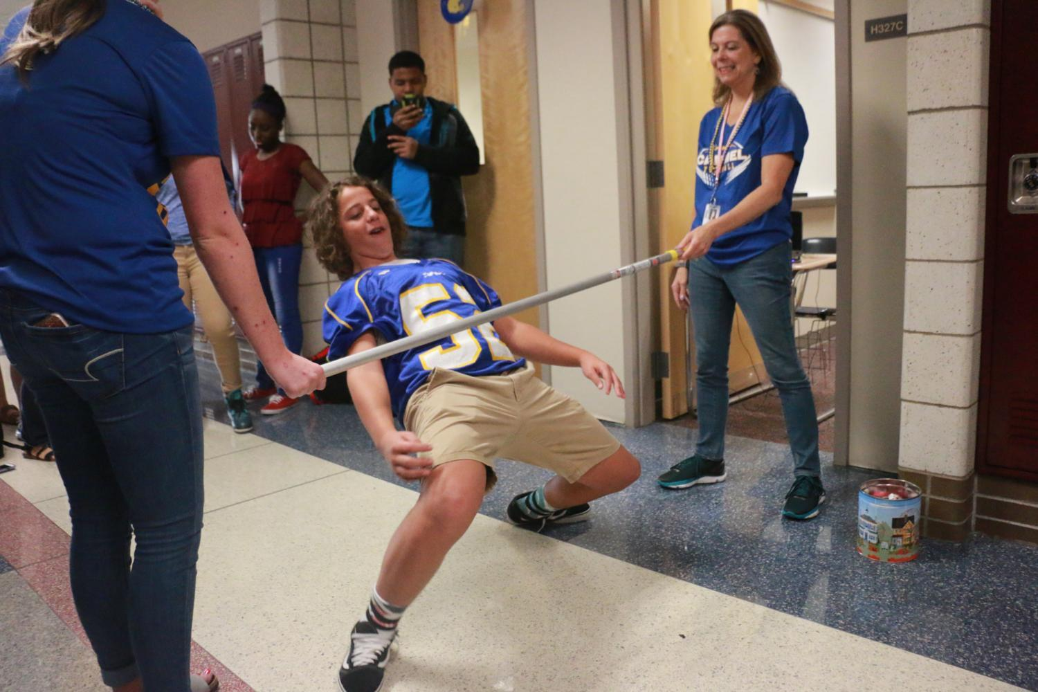 Photo Essay: Friday Blue and Gold