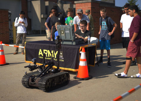 Photo Essay: Army Interactive Experience Visits Transportation Classes