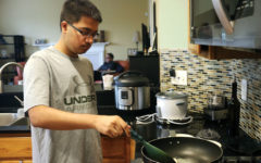 Dining with Diversity: Students, teachers assess how they celebrate their typical Thanksgiving with cultural twists