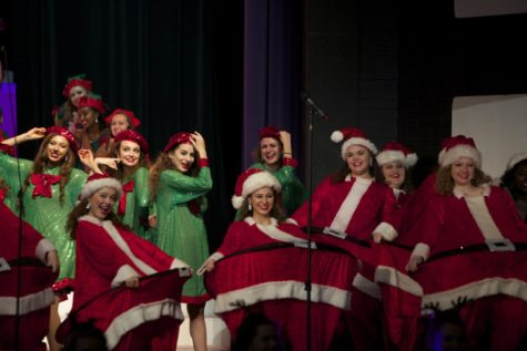Accents perform at upcoming annual Holiday Spectacular concert