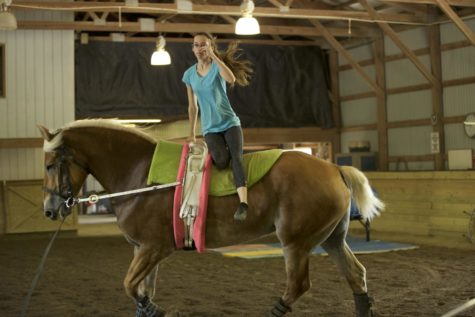 Q&A with Sophomore Jenna Presley who competes in horseback-riding, gymnastics fusion: vaulting