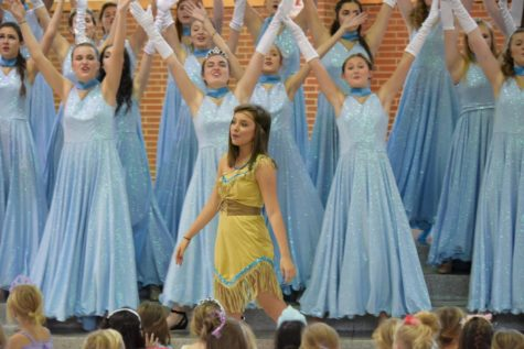 Accents rehearse music, organize logistics for Princess Academy on Nov. 3