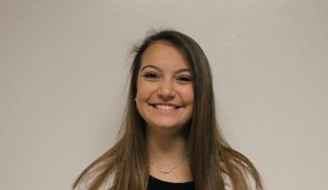 Senior Katie DiGiovanni