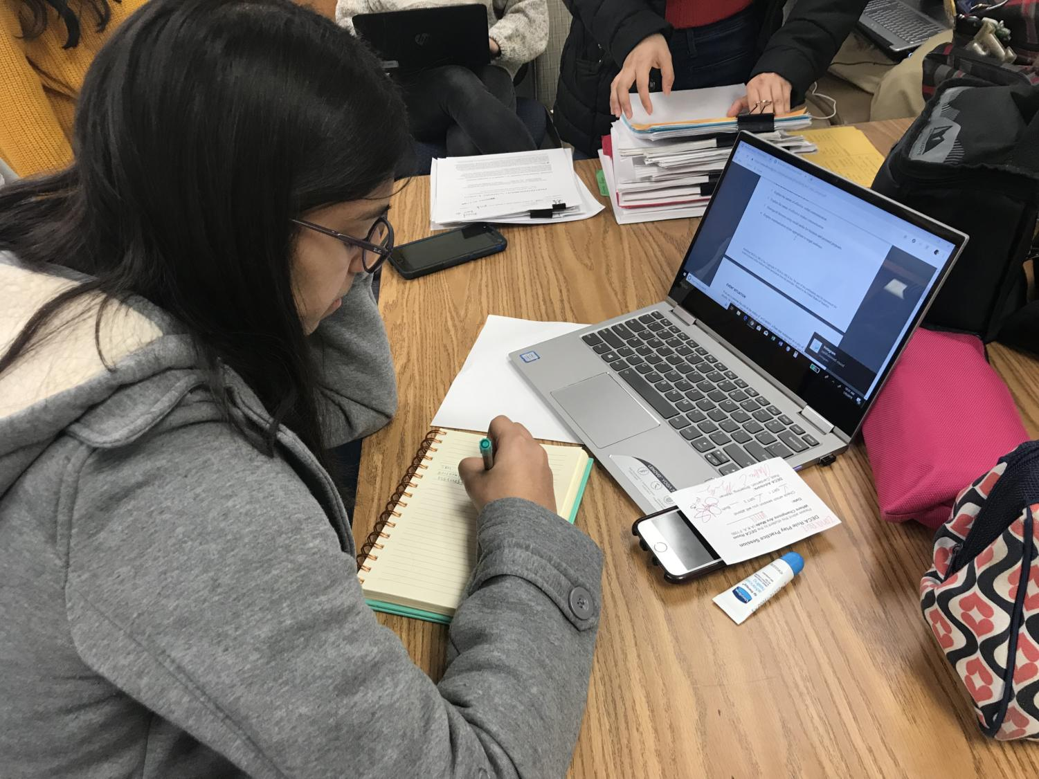 Sophomore Zoha Aziz takes a practice roleplay in SRT to prepare for the upcoming district-level competition on Jan. 12 at CHS. She said,