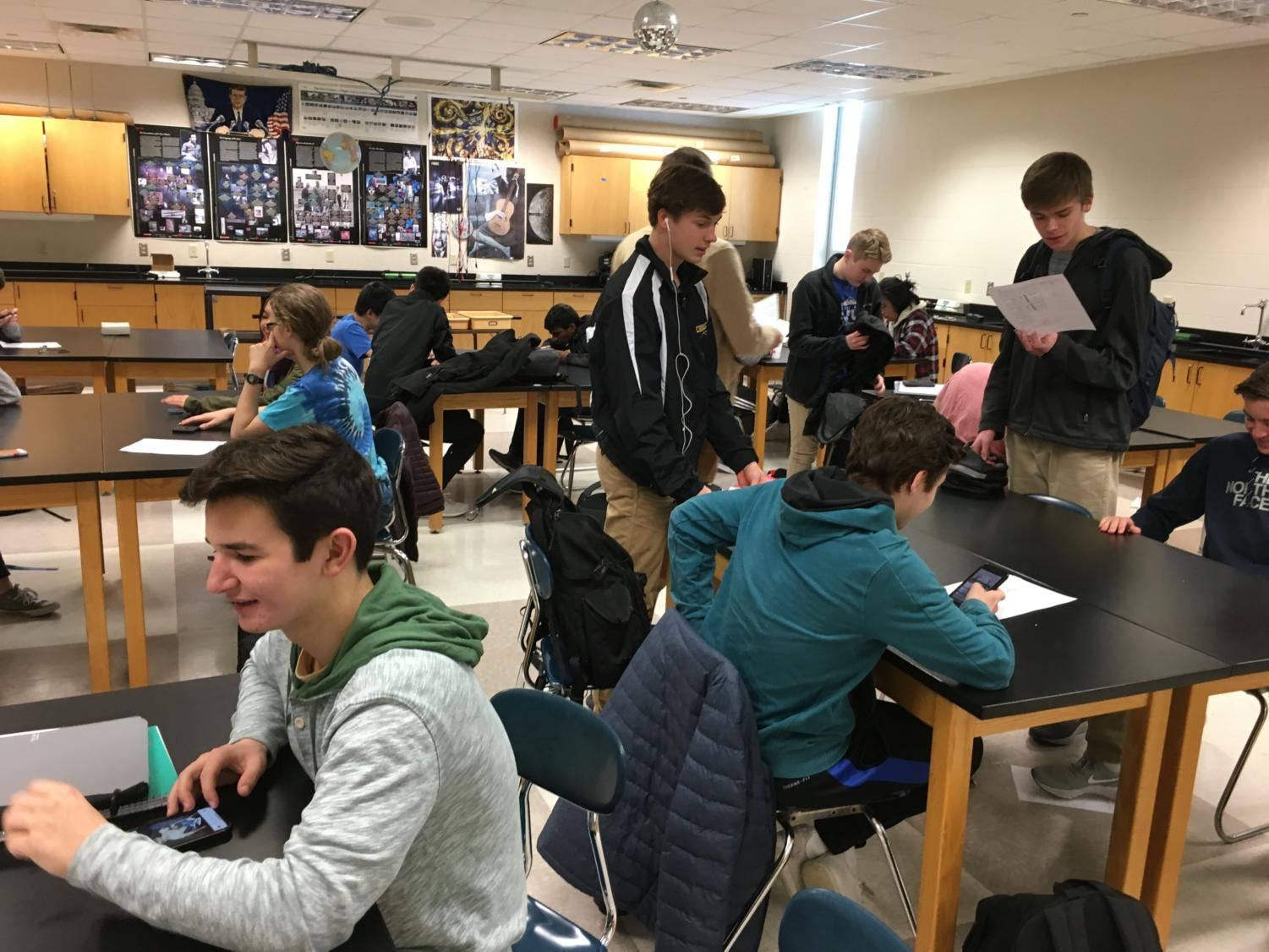 "AVID students use their SRT time to work together and get their homework done. AVID coordinator Jamie Newcomer said, ""The time that students have during SRT is very valuable, and I feel like by letting them work together and communicate with teachers, they can be very efficient with their time."""
