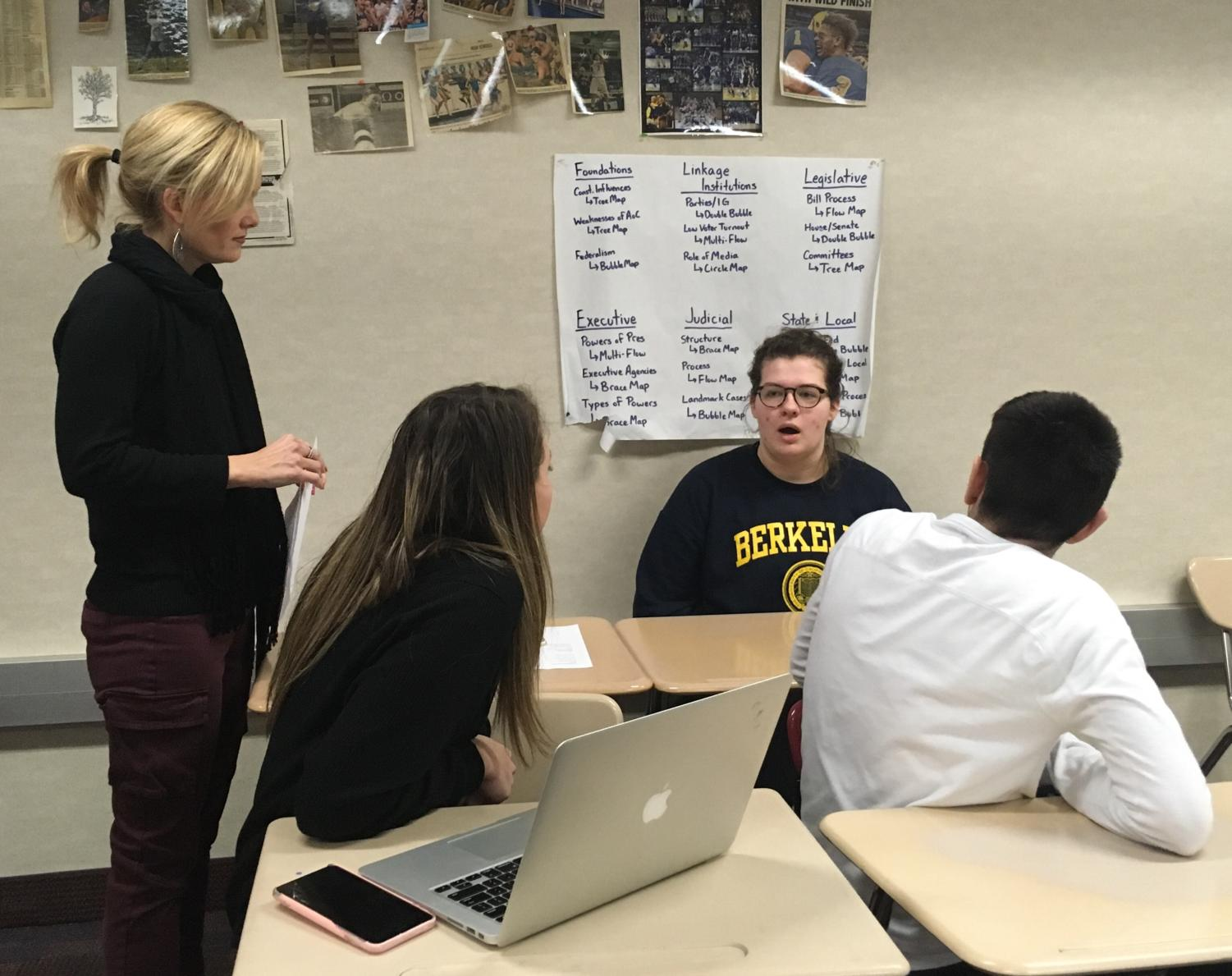 Model U.N. students discuss plans for the IUPUI conference. At the competition on Feb. 22, 19 out of 41 delegates who attended were recognized for awards.