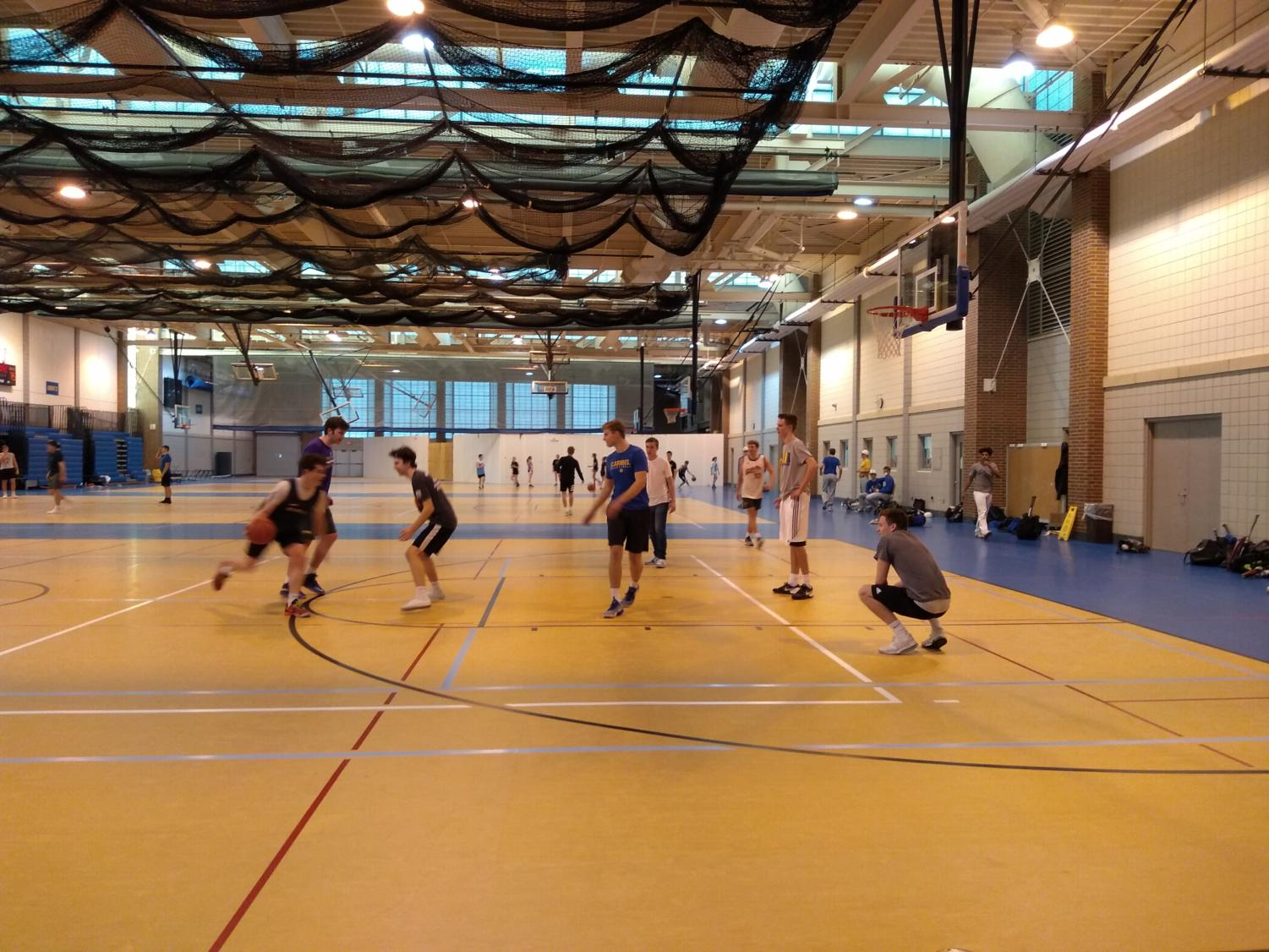 Intramurals teams play during their ninth night of games on March 11. The teams prepared for another night of games on March 12.