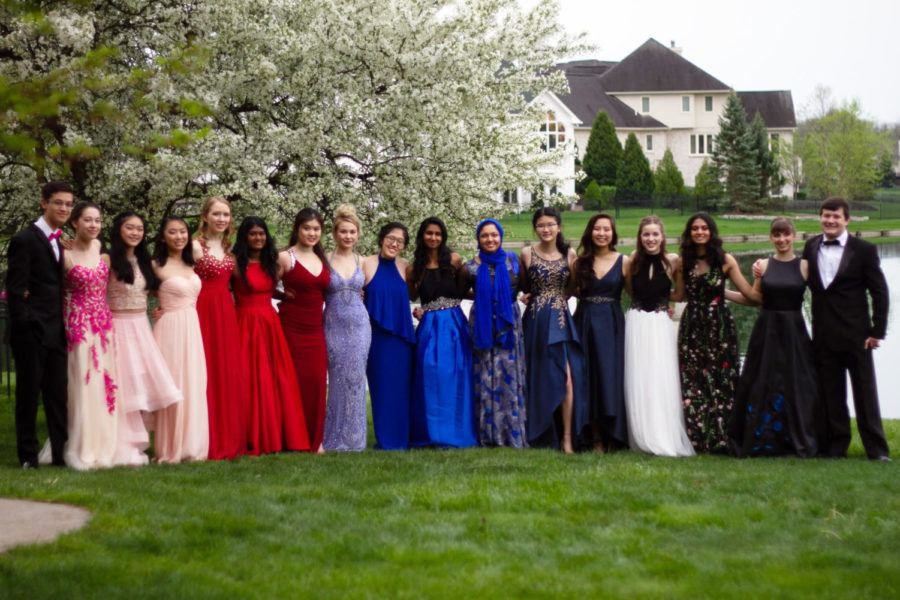 Raining on Prom Night? Here are places to take prom photos in case of inclement weather this Saturday