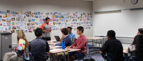 Members of Key Club's board discuss plans for the future of the club at a meeting on the morning of Sept. 24. According to Key Club sponsor Diana Grimes, the Serve Carmel initiative will be a major focus this year.