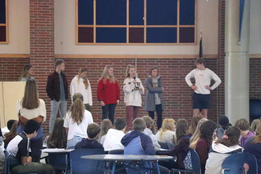 The Runway for Riley Committee explains their plans for the event during a House meeting in the freshmen cafeteria on Oct. 15. The next House meeting will be on Oct. 30 for upperclassmen and Nov. 1 for freshmen.
