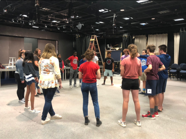 Students+start+a+Comedy+Sportz+training+session%2C+open+to+all+CHS+students%2C+by+playing+a+skills+game+in+the+Studio+Theater+during+the+first+session+of+their+SRT+period+on+Sept.+4.+Comedy+Sportz+is+yet+to+decide+its+next+meeting.