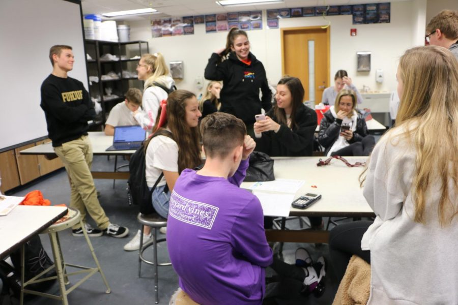 Cabinet members engage in discussion in their Cabinet SRT on Jan.16. The next House meetings will be Jan. 29 for upperclassmen and Jan. 31 for freshmen.