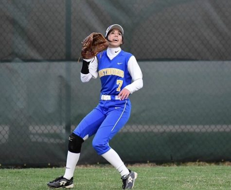 Ella Ohrvall, softball player and sophomore