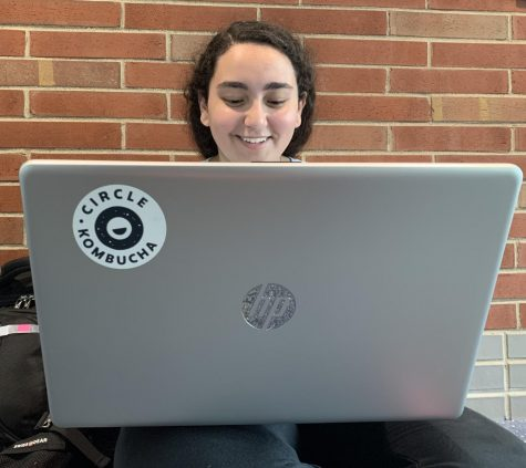 Junior Marina Saweeros begins to complete her homework at the start of late start last spring. According to Saweeros, she likes late start as it is an opportunity to see friends.