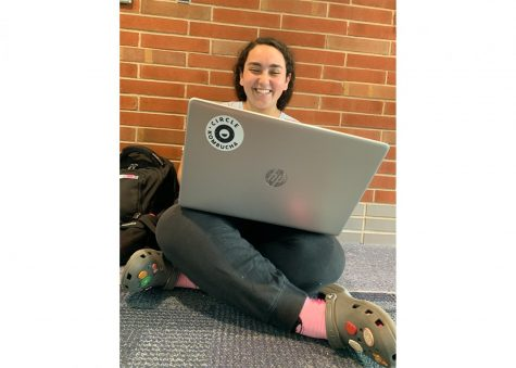 Junior Marina Saweeros works on homework during late start last spring. According to Saweeros, it is. fun to work on homework with friends during late while also working on homework.