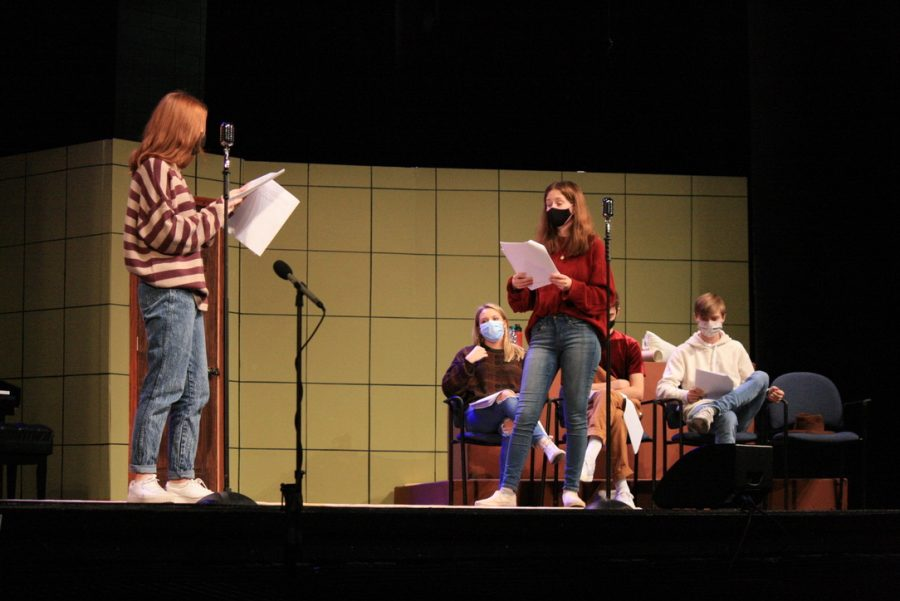 "Theater cast members rehearse for their upcoming production ""Murder in Focus"" on Nov. 2. The cast expressed their excitement and enthusiasm to perform this production as many of the other shows were cancelled this year."