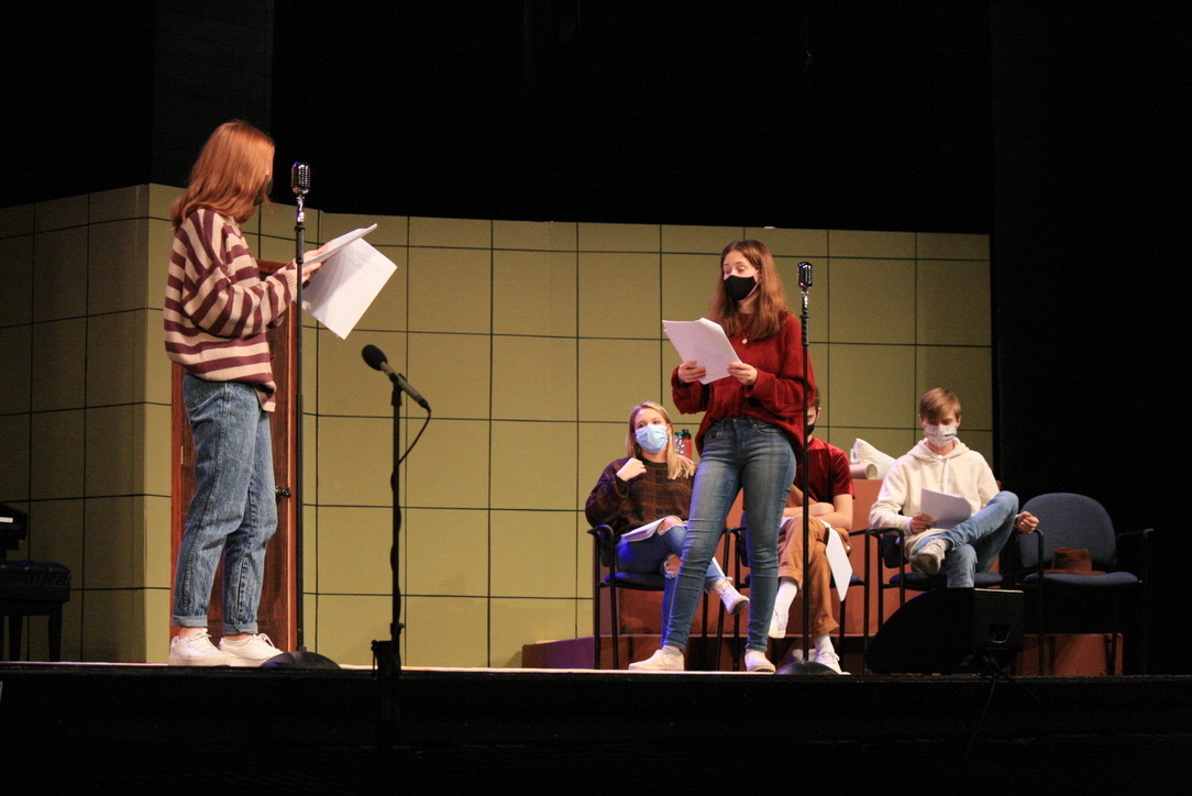 """Theater cast members rehearse for their upcoming production """"Murder in Focus"""" on Nov. 2. The cast expressed their excitement and enthusiasm to perform this production as many of the other shows were cancelled this year."""