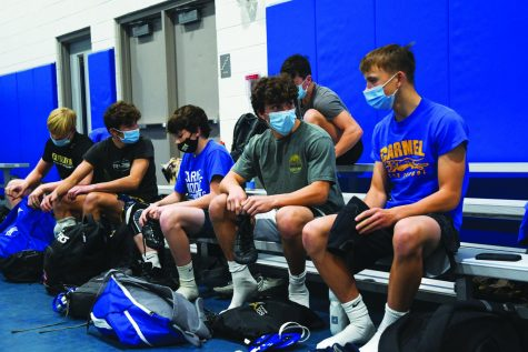 Wrestling team begins season  amid pandemic, practices new safety procedures