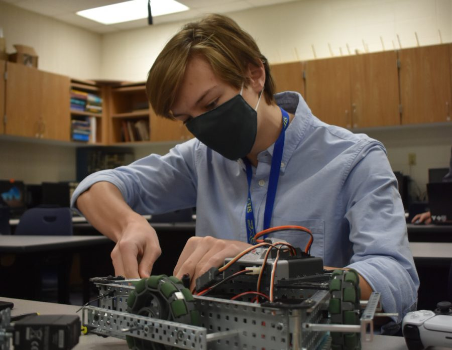 Q&A with junior Max Shurr on 3D printing, engineering inventions