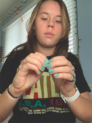Entertainment Spotlight: Sophomore Izzy Monger on her homemade jewelry business